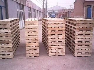 长沙木托盘厂家告诉你木托盘如何摆放